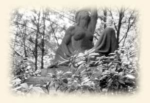 Melaten-Friedhof-Statue